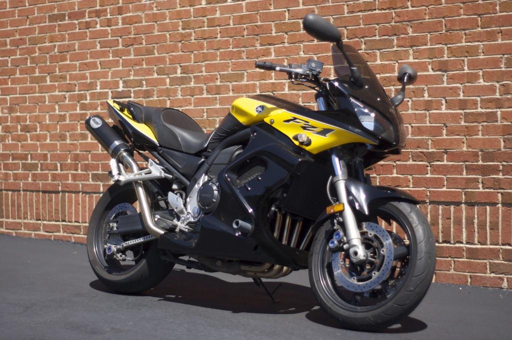 2003 Yamaha FZ1